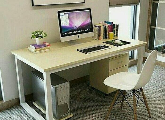 Kiat Pilih Meja Kantor Berkualitas saat Bekerja dari Rumah