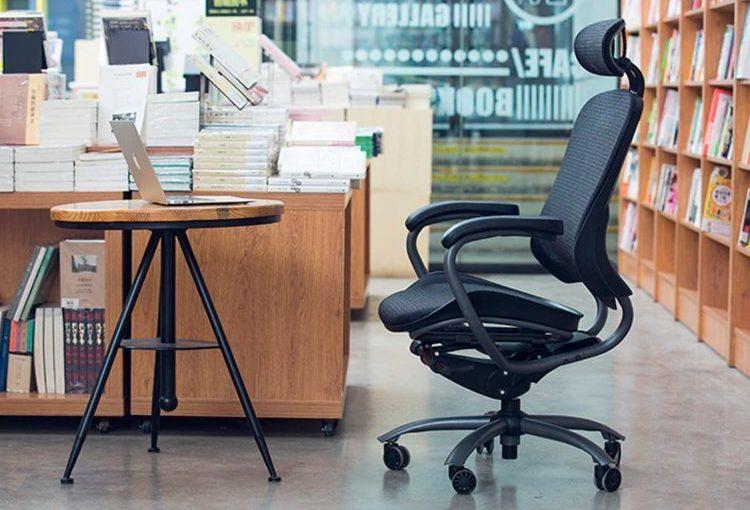 """""""Cara Menyesuaikan Kursi Kantor agar Pas dengan Postur Tubuh"""""""